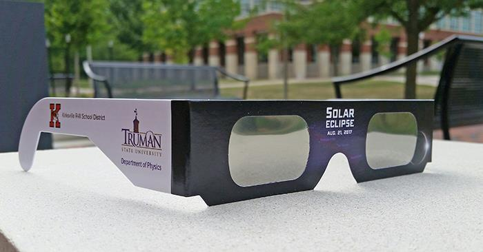 Solar glasses for viewing the eclipse